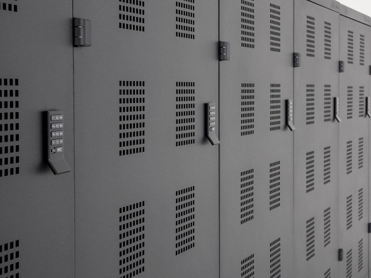 Elektronische Schrankschlösser sind mit PIN-Code und RFID erhältlich ...